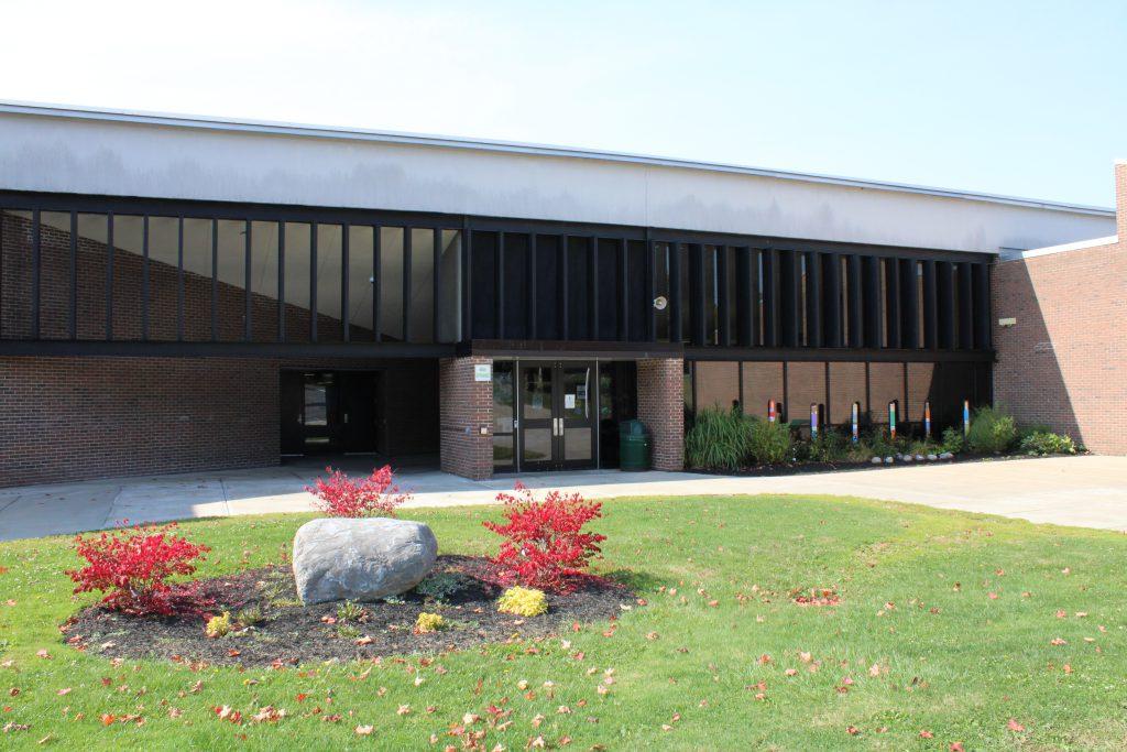 Main entrance of Enders Road Elementary School.